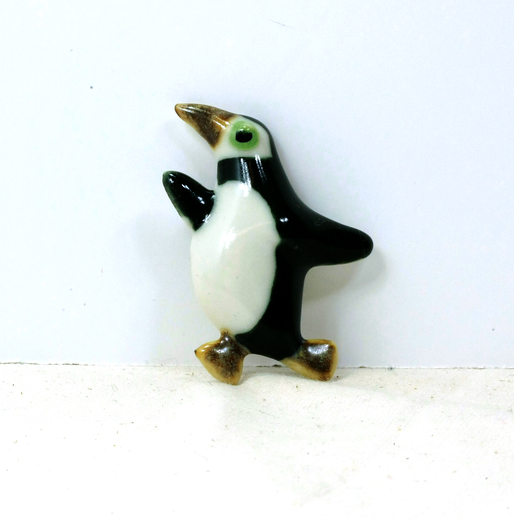 clear dp uk co swarovski amazon and brooches jewellery store enamel penguin crystal brooch black